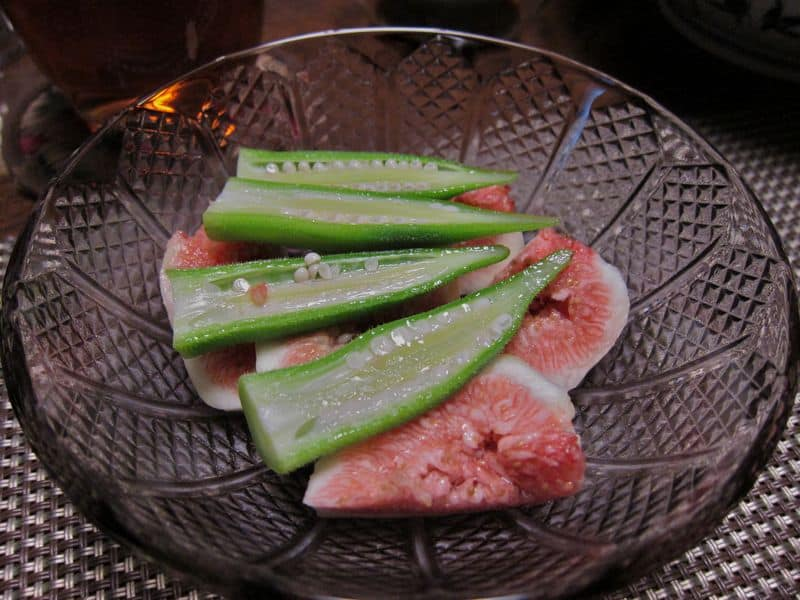 Fig and okra salad