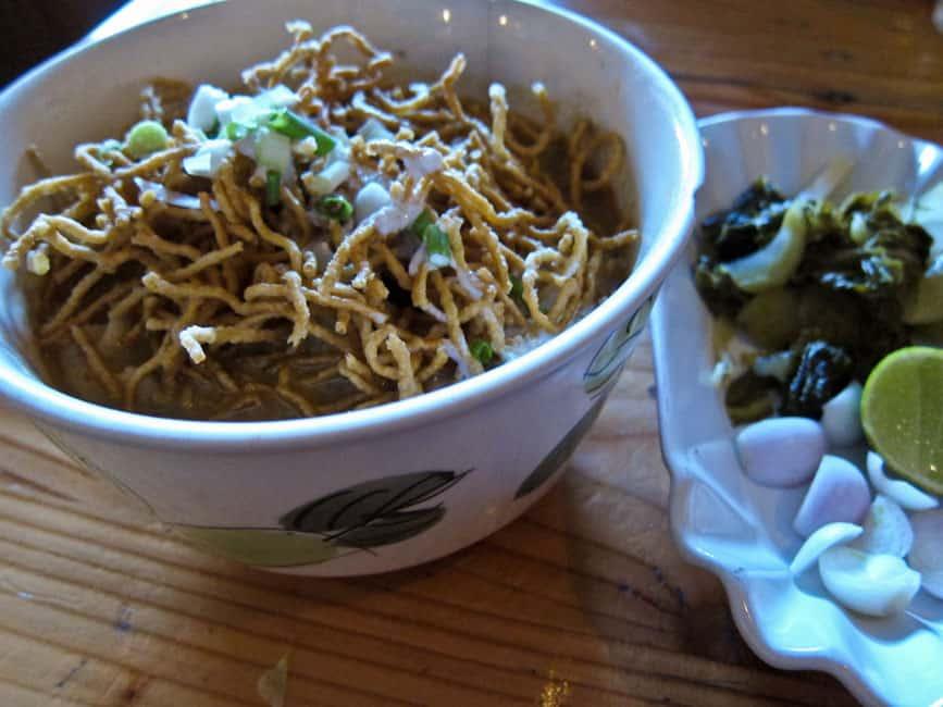 Vegetarian khao soi at Aum, Chiang Mai