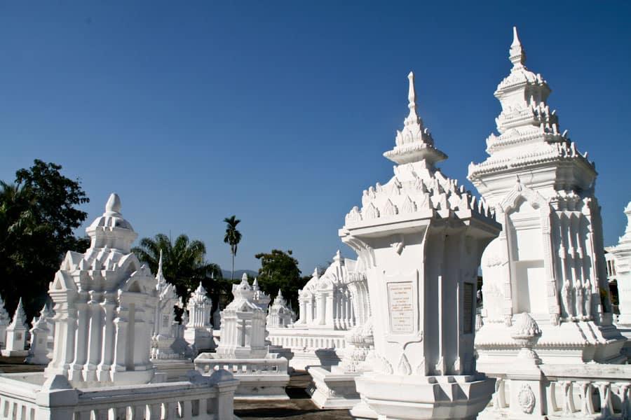 Wat Suan Dok mausoleums