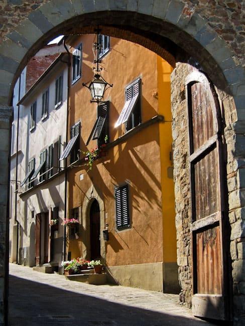Montecarlo Doorway