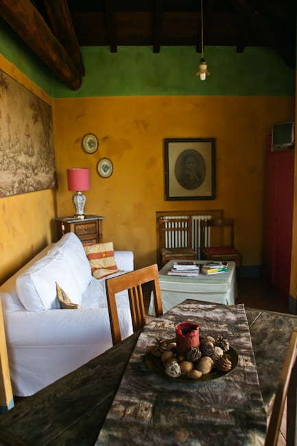 Al Benefizio living room