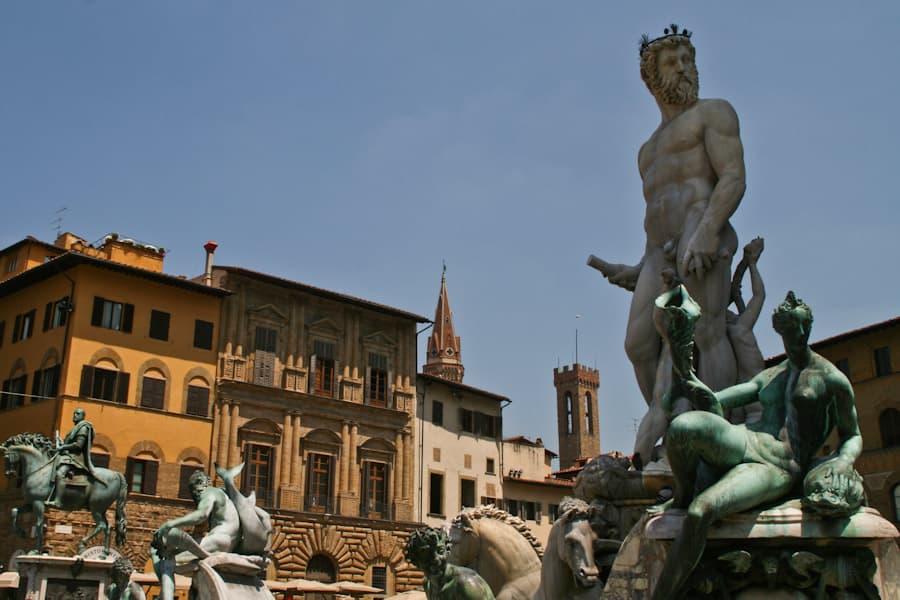 main_Piazza_Signoria_Florence