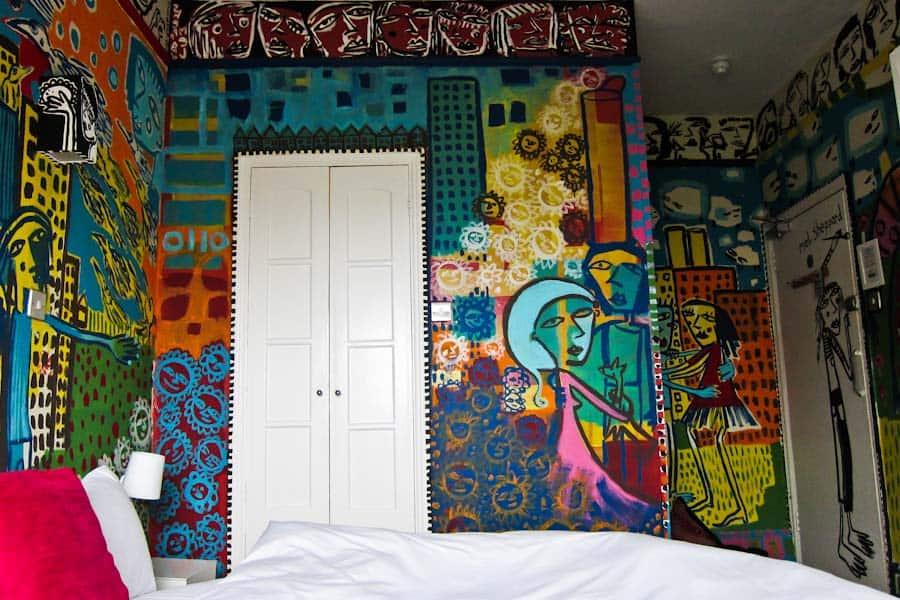 Mel Sheppard room 2