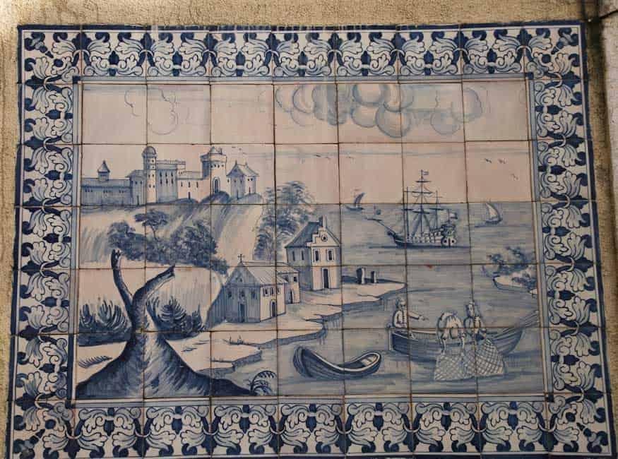 Azulejos in Lisbon 22