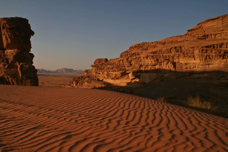 main_wadi_rum_desert_jordan