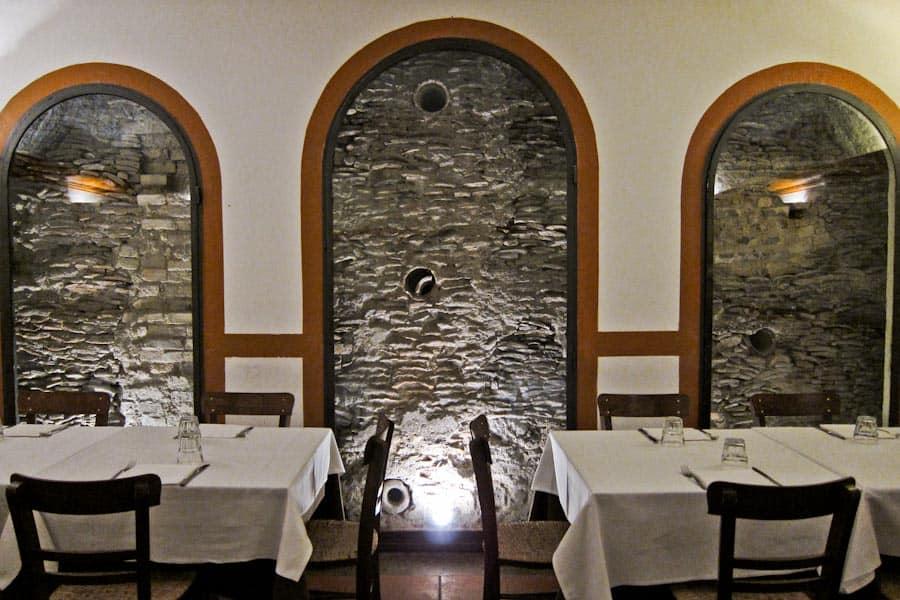 Amphorae in Monte Testaccio from Flavio al Velavevodetto restaurant