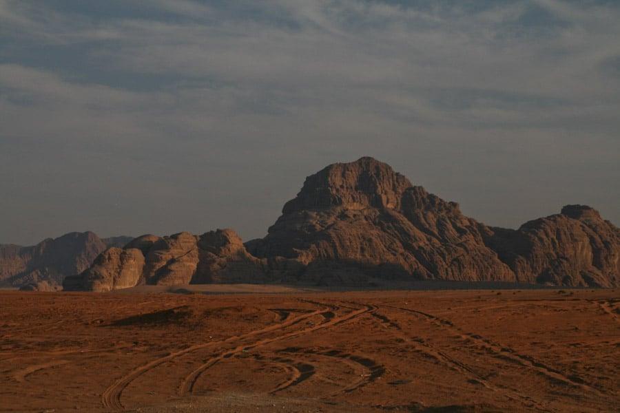 Wadi Rum jeep tracks
