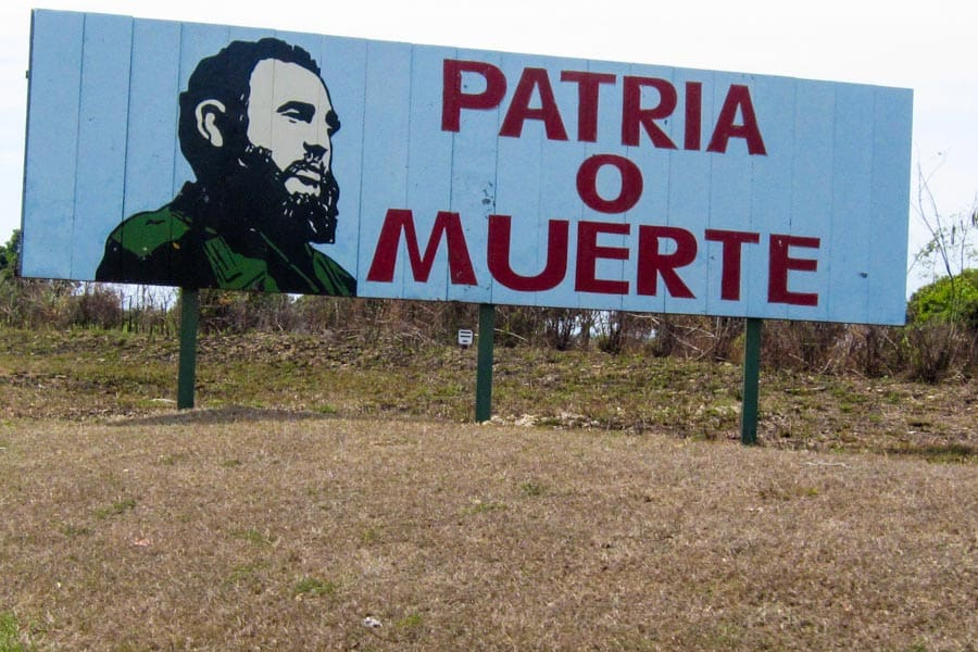 Patria o Muerte billboard, Cuba