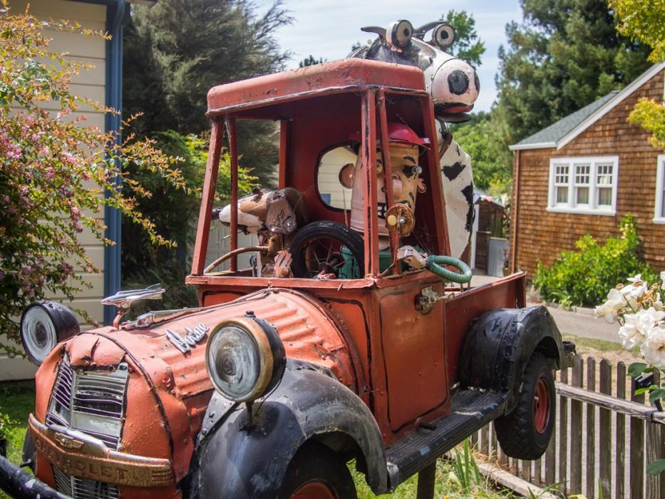 Old truck with cow, Patrick Amiot junk sculpture, Florence Avenue, Sebastopol