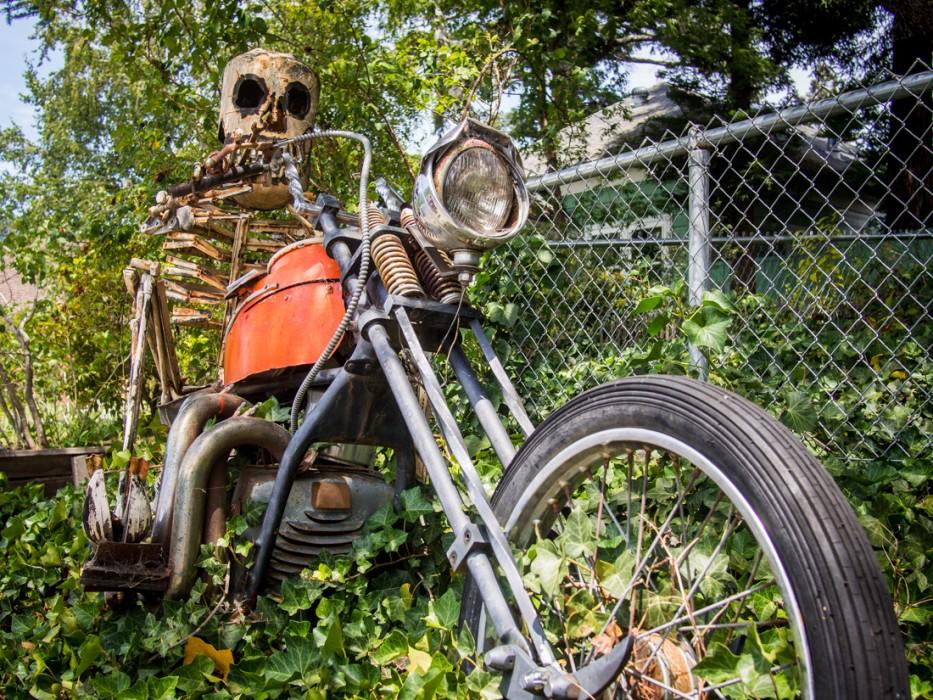 Skeleton on a motorbike, Patrick Amiot junk sculpture, Florence Avenue, Sebastopol