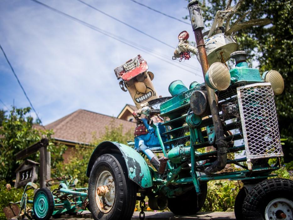 Tractor, Patrick Amiot junk sculpture, Florence Avenue, Sebastopol