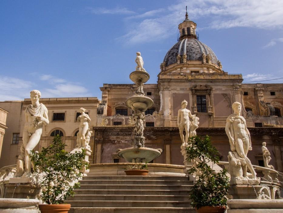 Piazza Pretoria fountain, Palermo