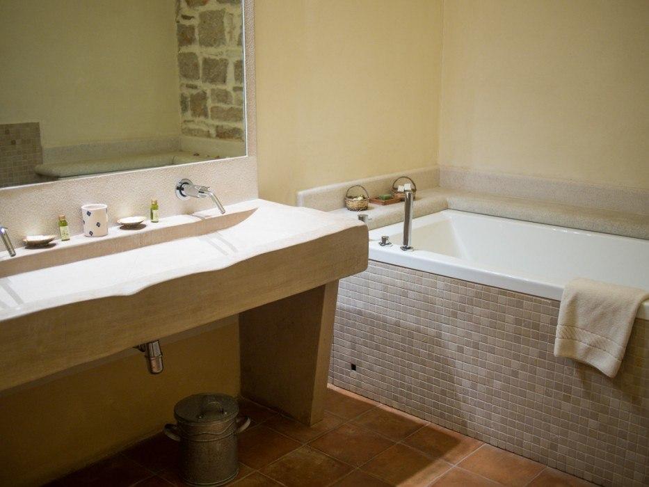 Our bathroom at Masseria Lama di Luna