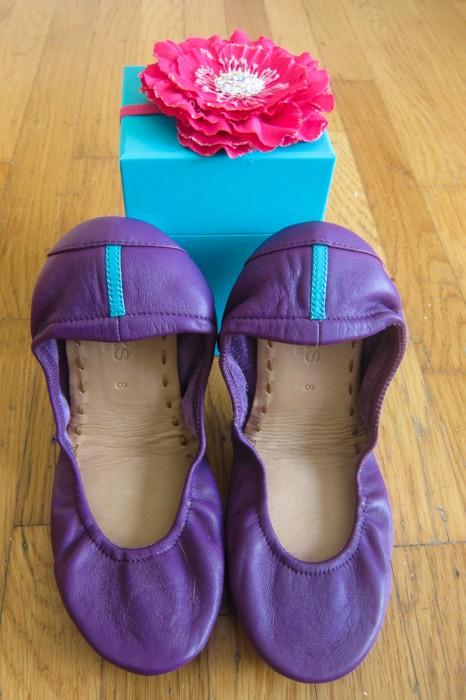 Lilac Tieks ballet flats and box - a detailed Tieks review.