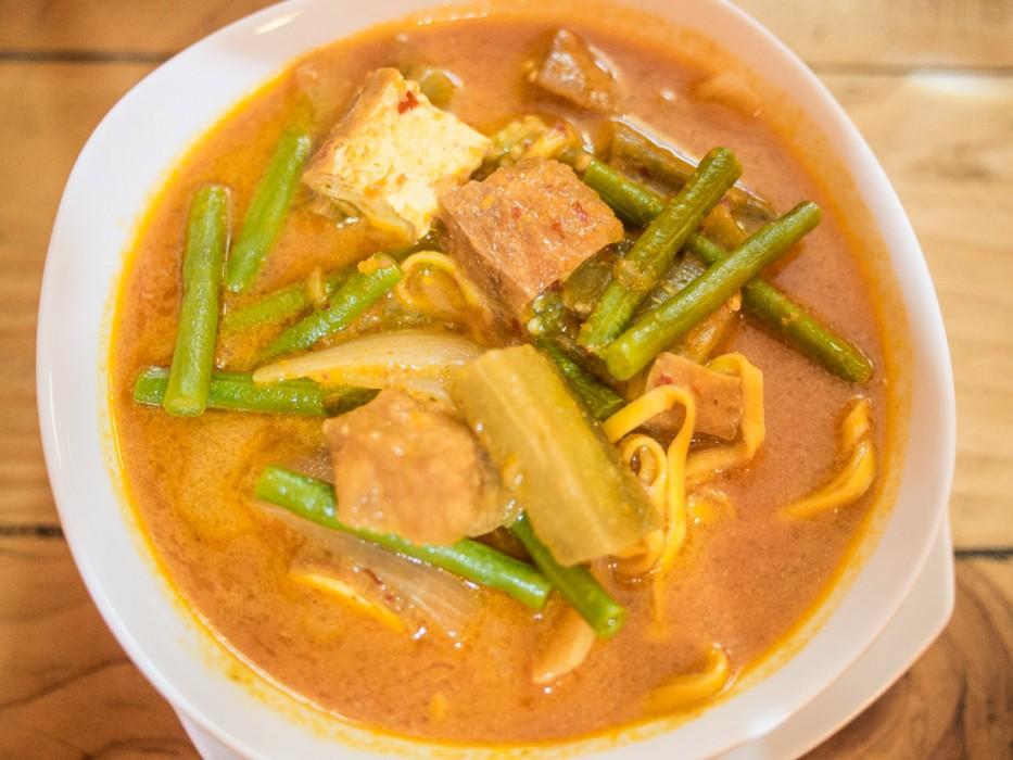 Curry vegetable noodle soup at Cafe Soleil