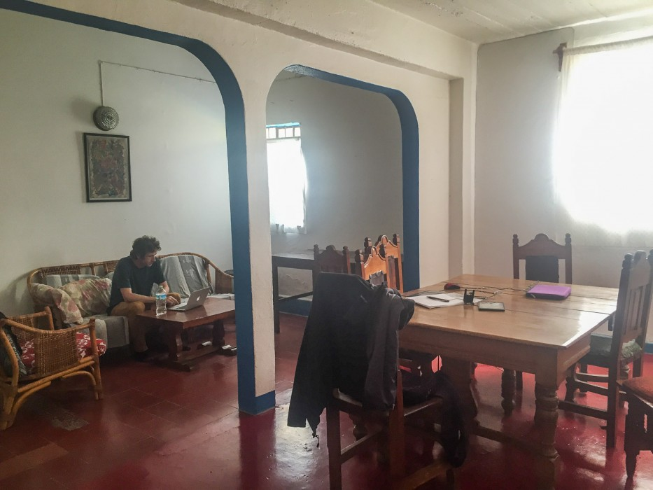 Renting a house in Oaxaca - living room