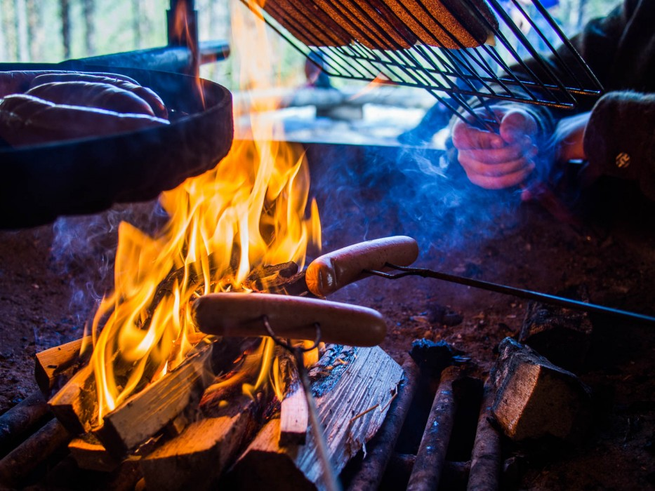 Cooking over the campfire at Oulanka