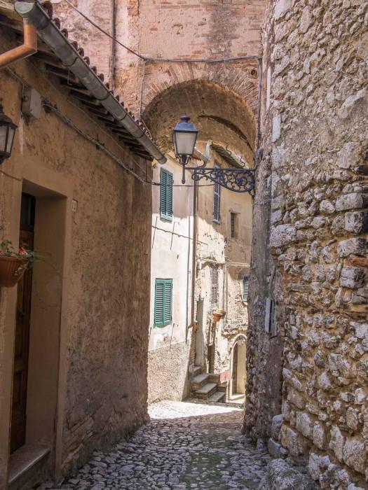 Casperia, Sabina - Johnny Madge olive oil tour from Rome