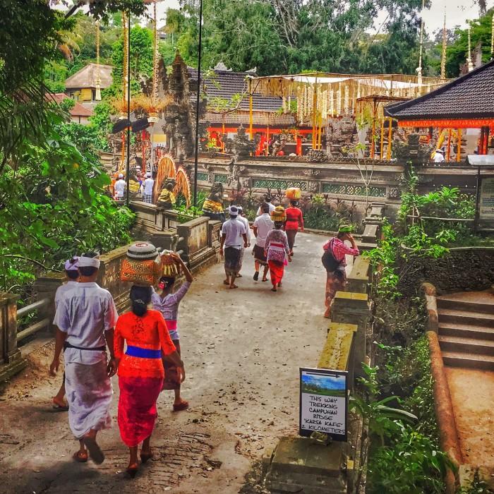 Temple ceremony Ubud, Bali