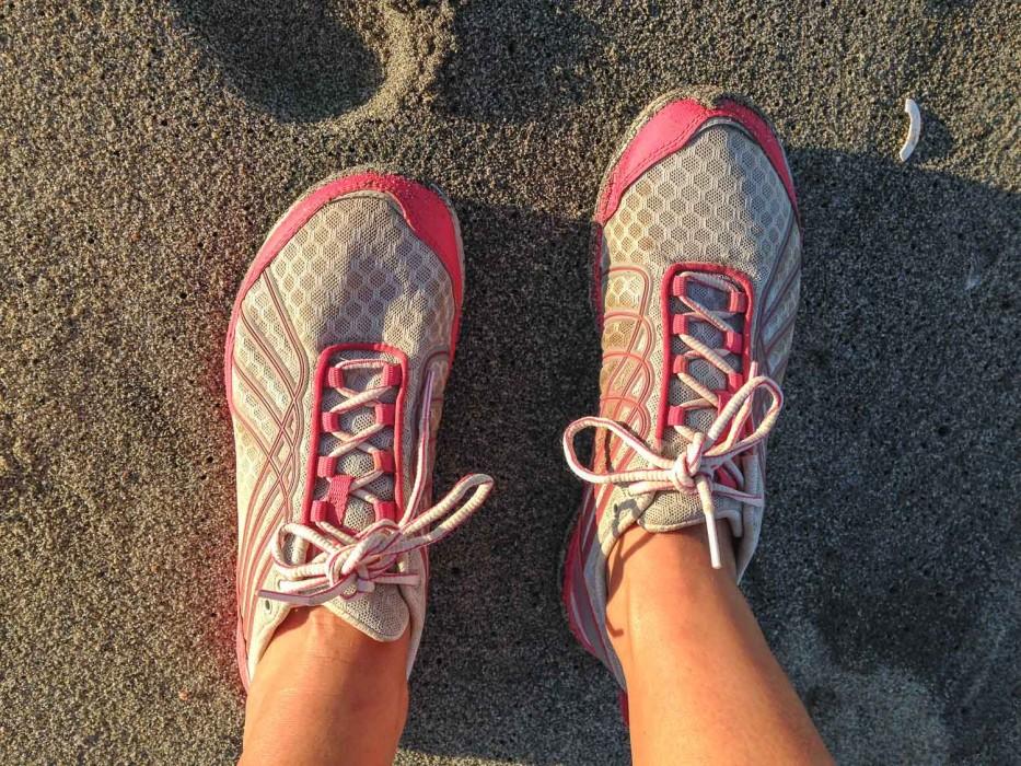 Minimalist running shoes for travel- Merrell Road Glove Dash 2