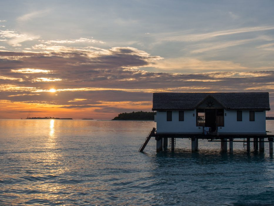 Reethi Beach Resort Review in the Maldives: Sunset at our water villa