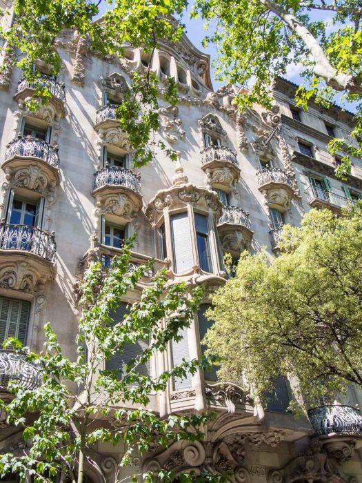 Casa Comalat front facade on the Gaudi in Context walk, Barcelona
