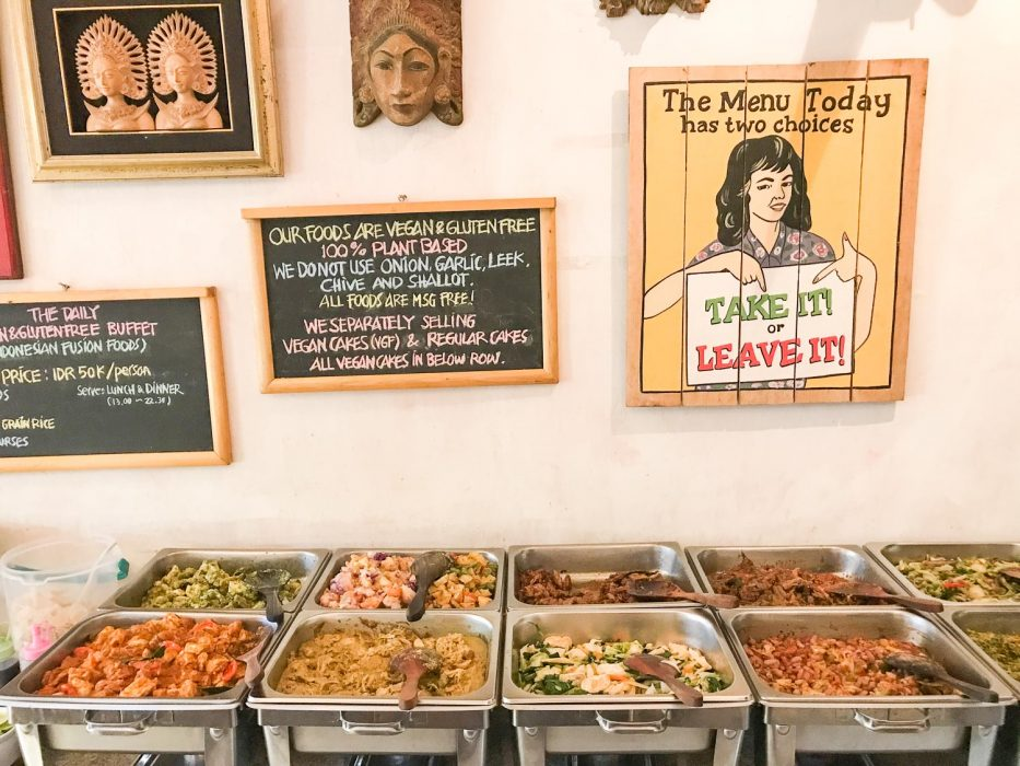 Sawobali vegan buffet in Ubud