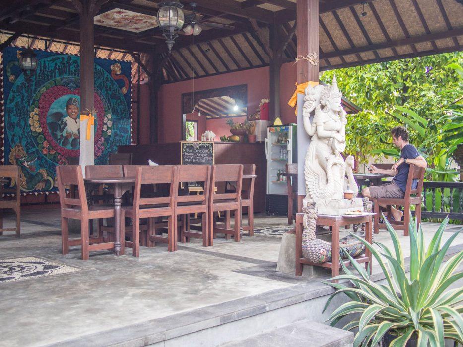 Siboghana Waroeng review, an Ubud vegan restaurant