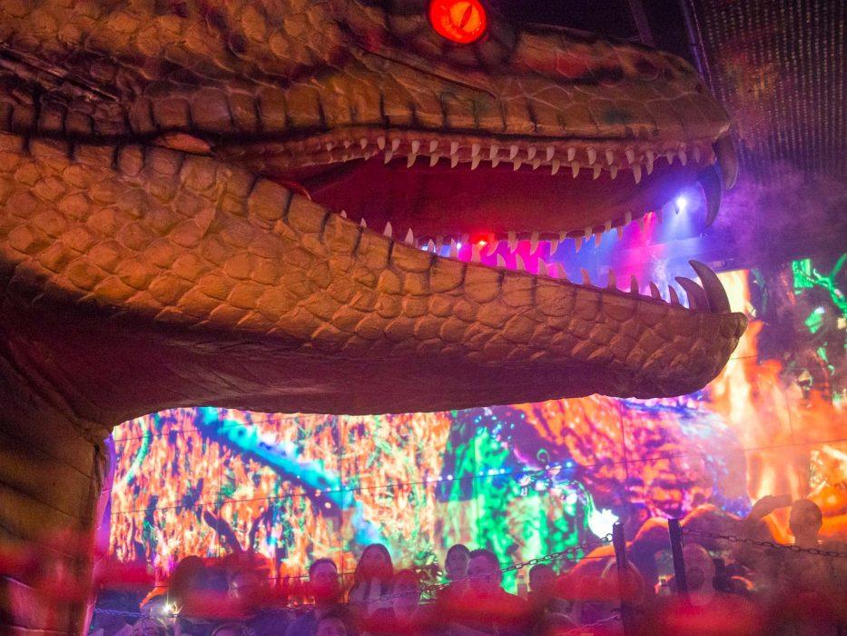 Dragon in battle at the Robot Restaurant, Tokyo