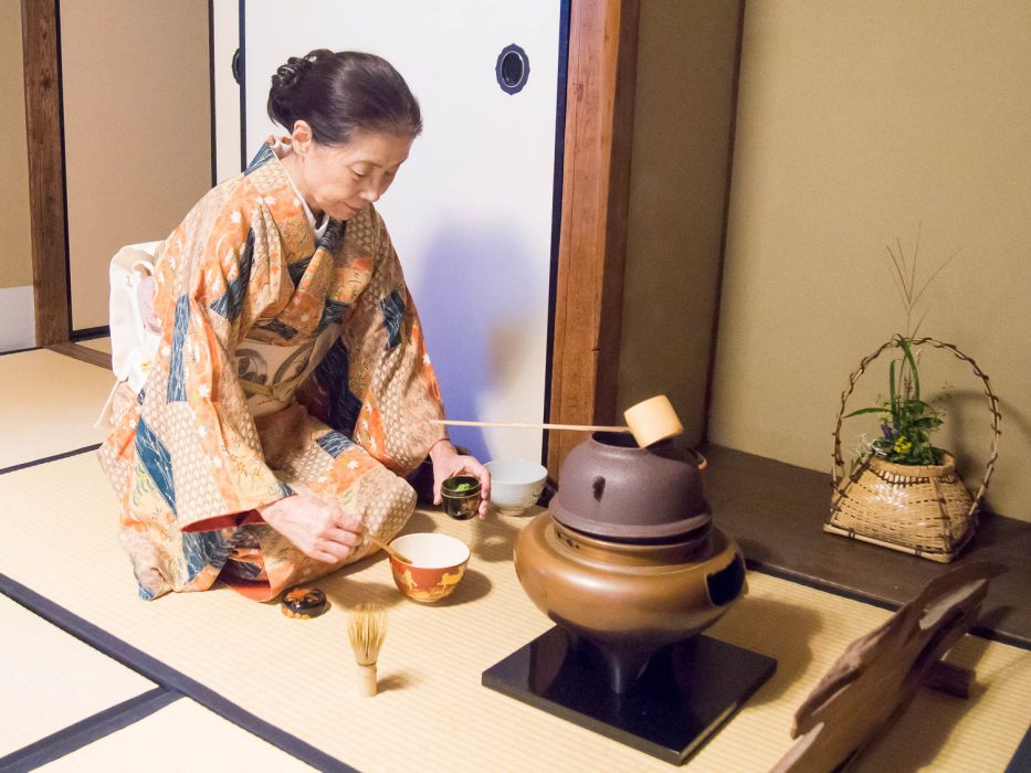 Tea ceremony at Gyokusen-en gardens in Kanazawa