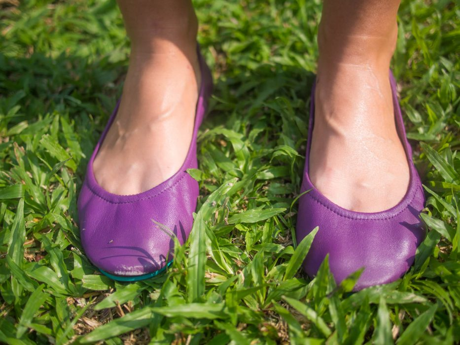 Scuffing on Lilac classic Tieks - an honest review of the best travel ballet flats