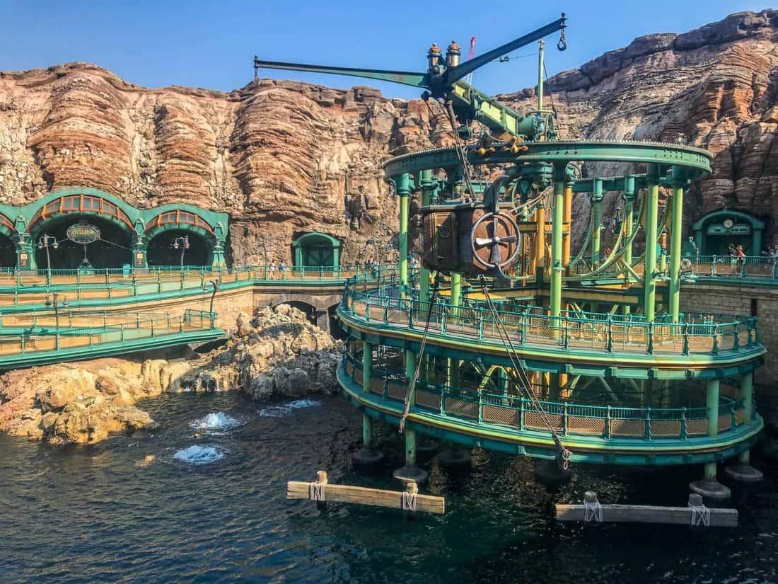 20,000 Leagues Under the Sea, a Disneysea ride