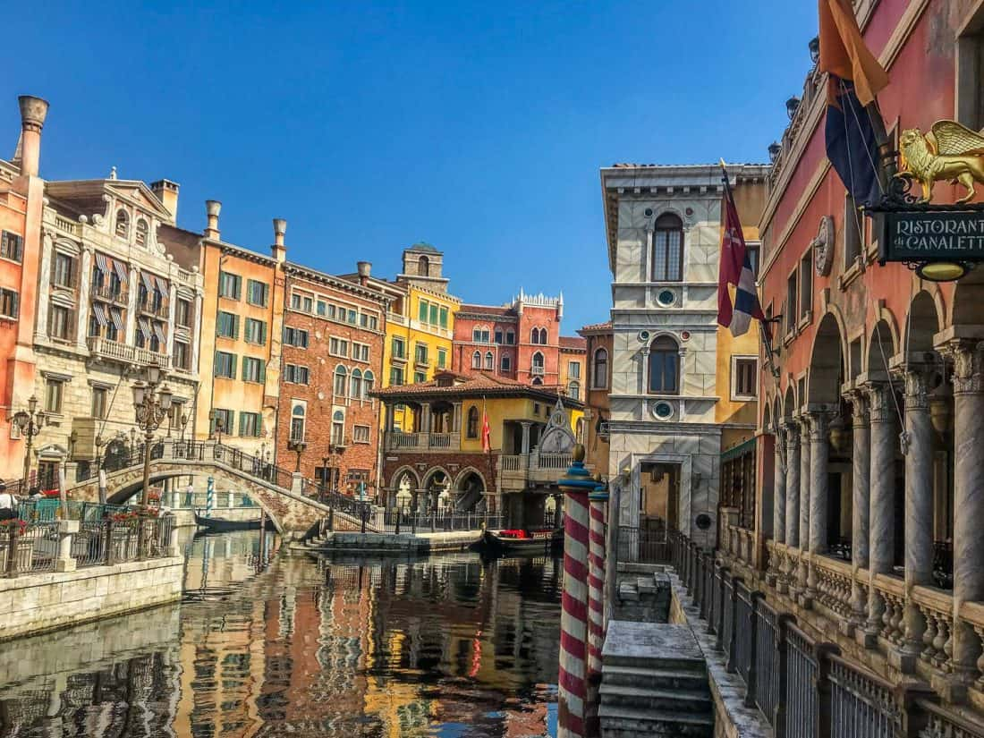 Ristorante di Canaletto in the Venice canals, one of the best restaurants at Disneysea
