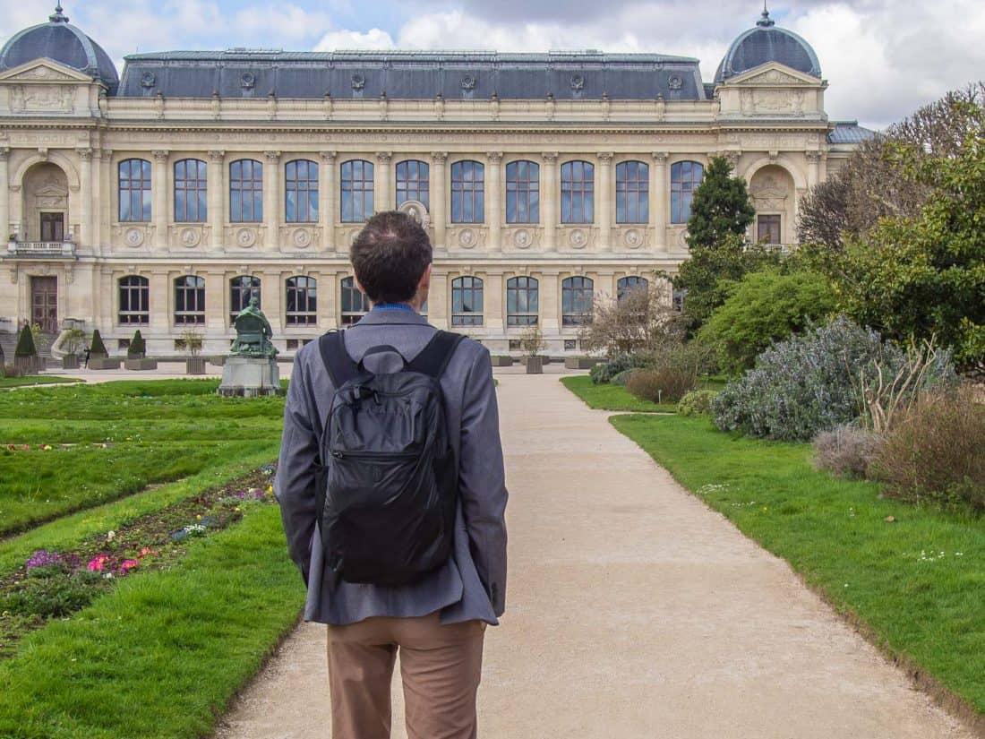 Tortuga Setout packable daypack review - Simon wearing the Setout Daypack in Paris