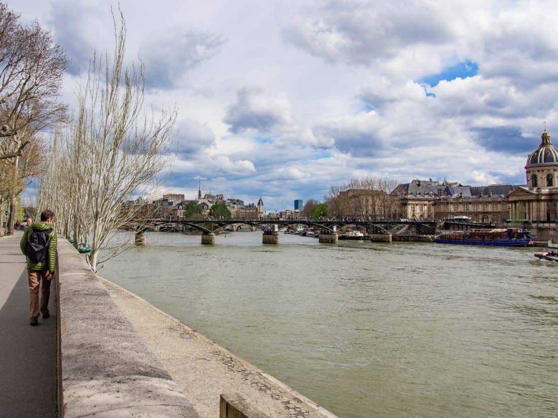 Strolling along the Seine