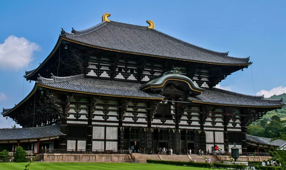 Todaiji temple in Nara, a must do in Japan