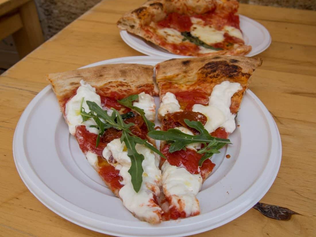 Burrata pizza at Pizza & Co in Lecce