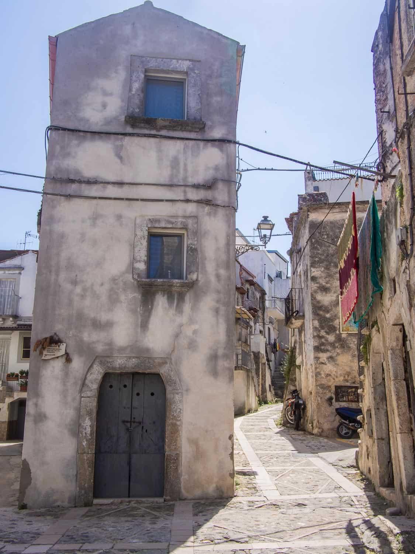Narrow house in Vico del Gargano in Puglia, Italy
