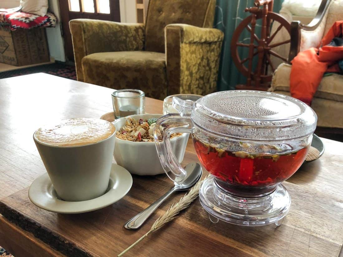 Coffee, herbal tea and berry crumble at Cafe Nu in Stykkishólmur, Iceland