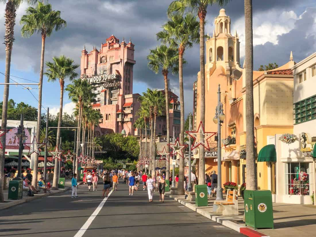 Planning a trip to Disney World on a budget - choosing the best month to visit.