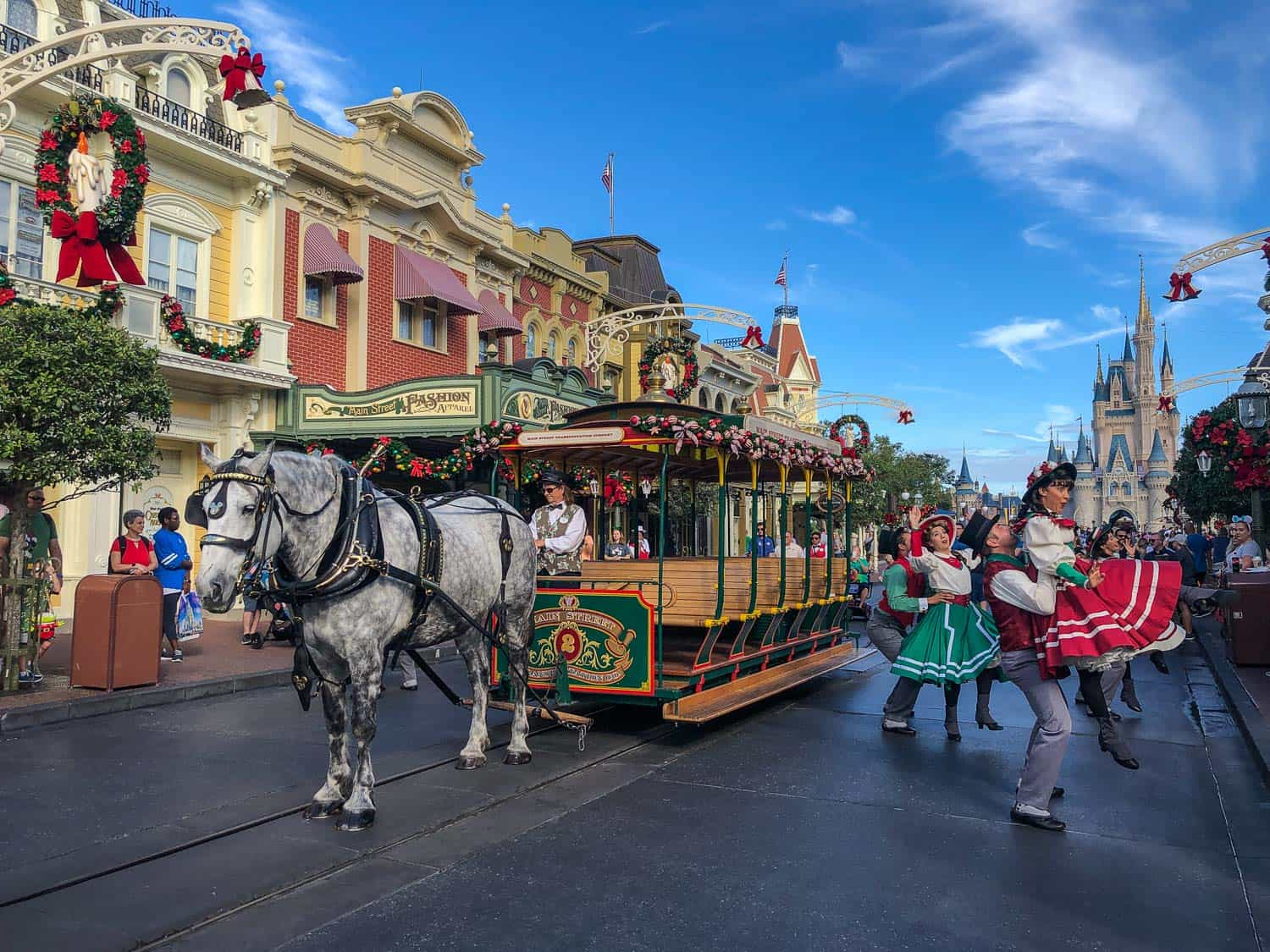 The best things to do at Disney World, Orlando including must do rides for adults at each park