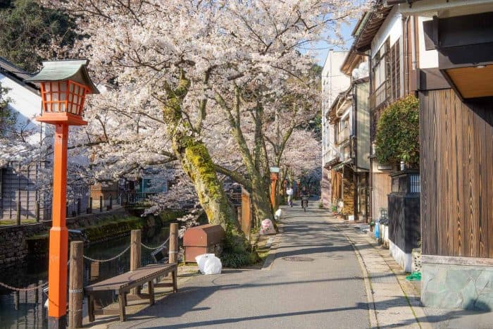 A guide to Kinosaki Onsen, one of the best onsen towns in Japan
