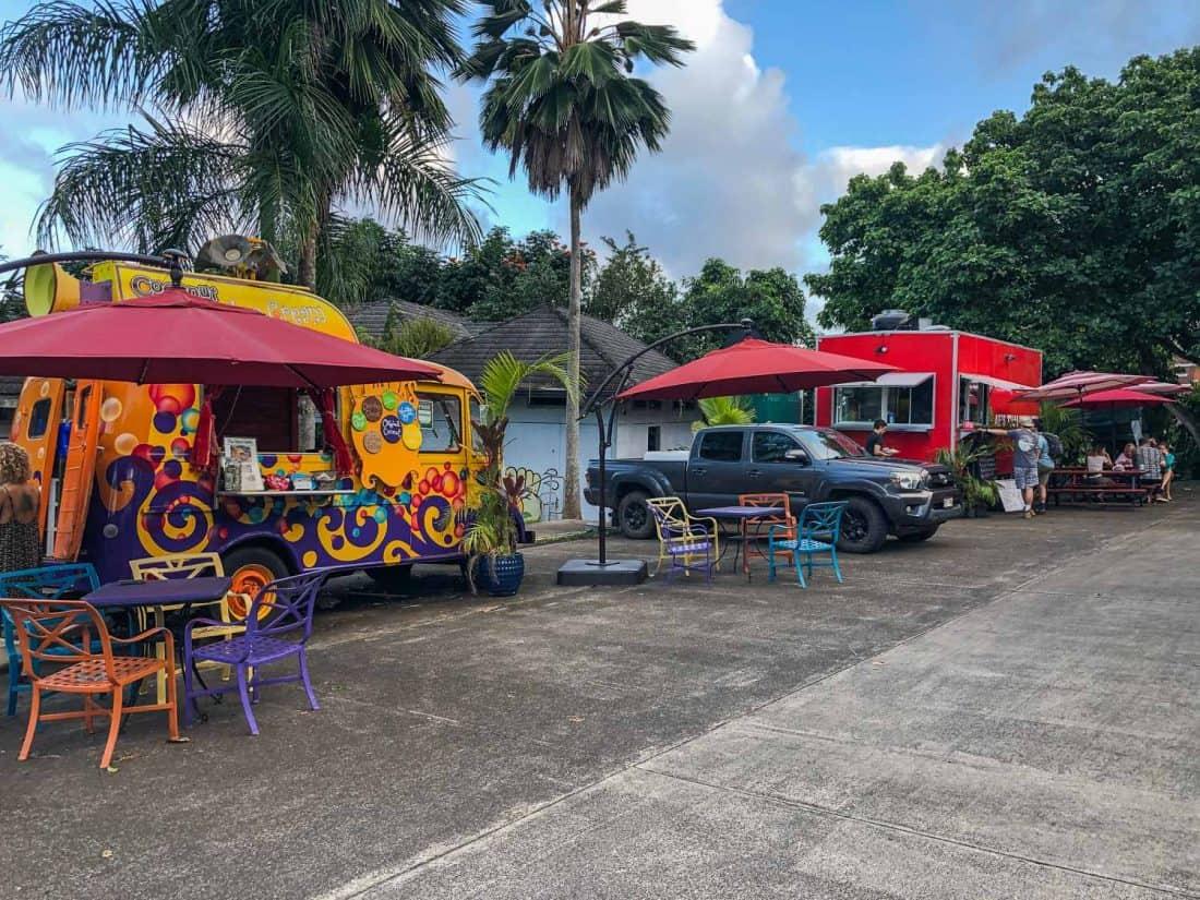 Food trucks in Hana