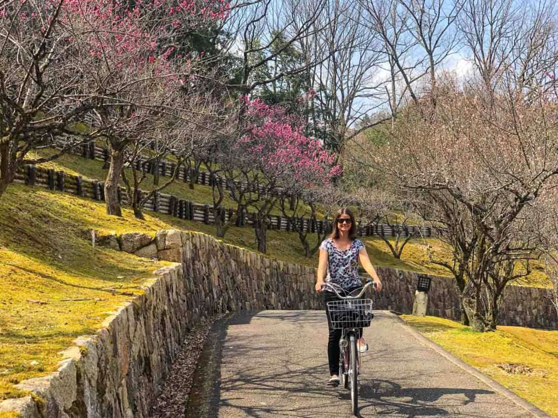 Cycling in Kyoto in my Tieks