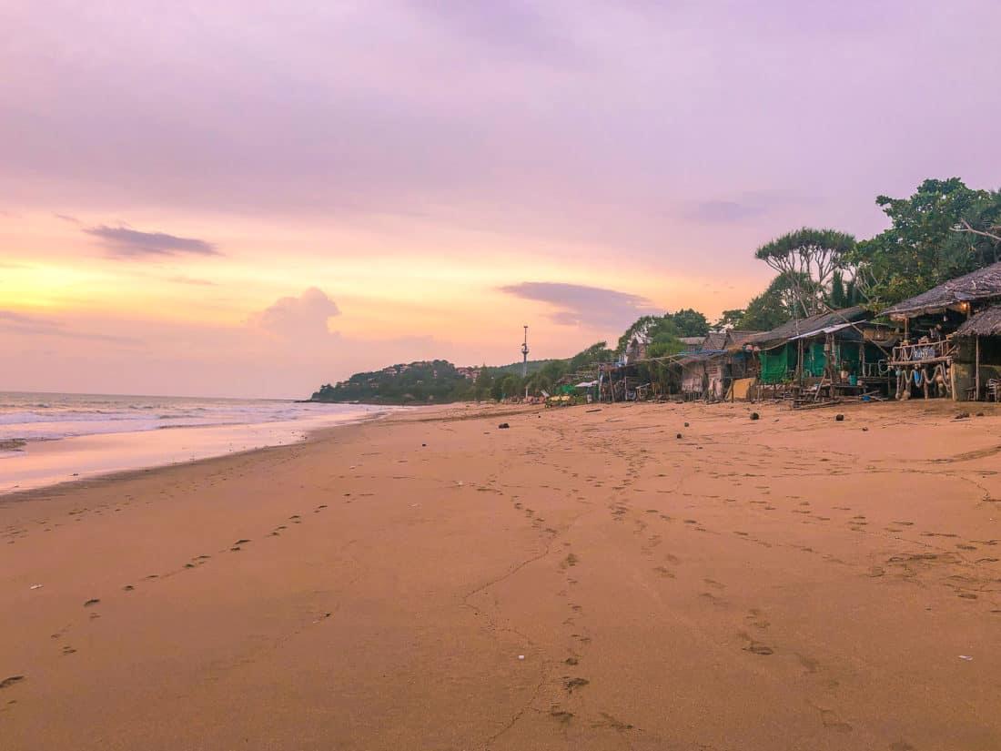 Beach bars on Khlong Nin at sunset