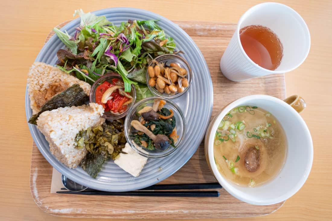 Shokujido-Zen set vegan lunch at Genmai cafe in Osaka