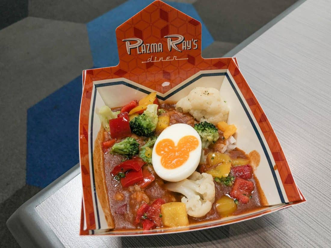 Vegetarian curry rice bowl (with Mickey Mouse boiled egg) at Plazma Rays Diner at Tokyo Disneyland