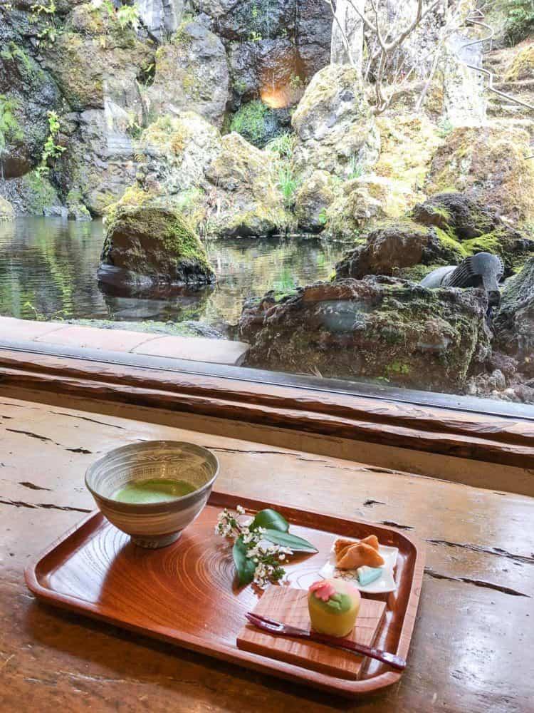 Wagashi set at the tea room of Itchiku Kubota Art Museum in Kawaguchiko
