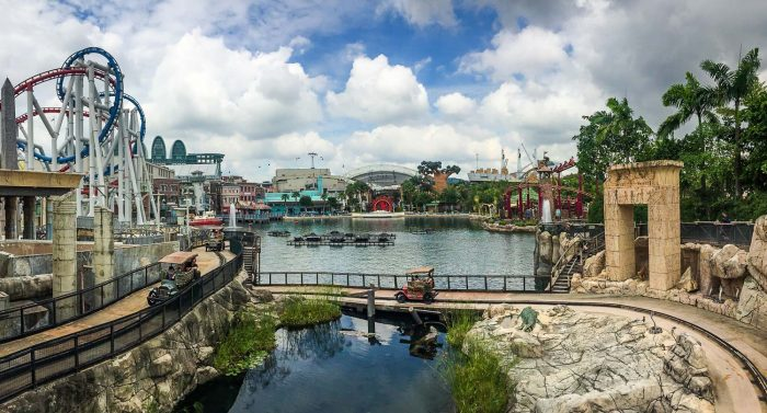 The best Universal Studios Singapore rides - an overview of the park including Battlestar Galactica and Egypt