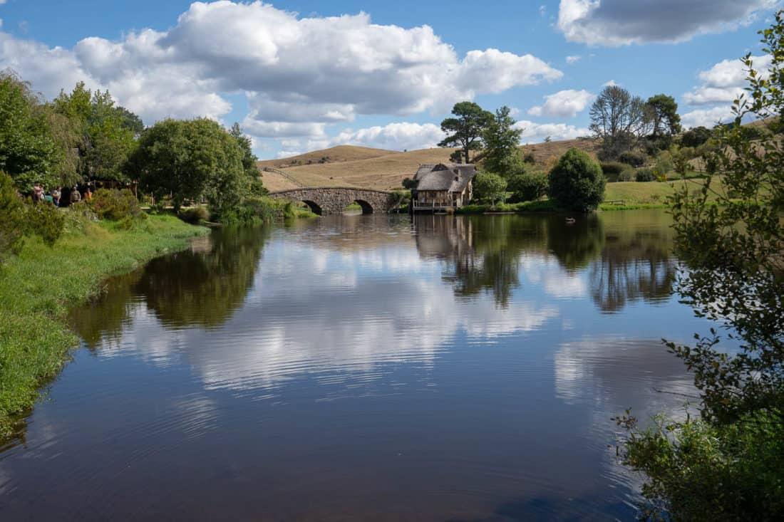 Lake and stone bridge at Hobbiton movie set